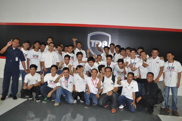 TDR One Team Siap Menyambut Masyarakat Ekonomi Asean (MEA)